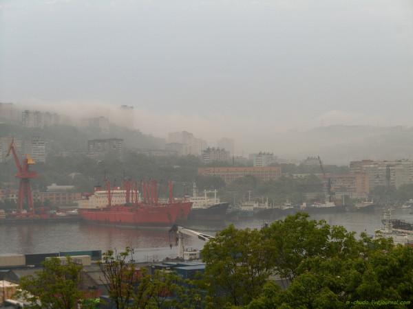 Владивосток. Туманы июня.