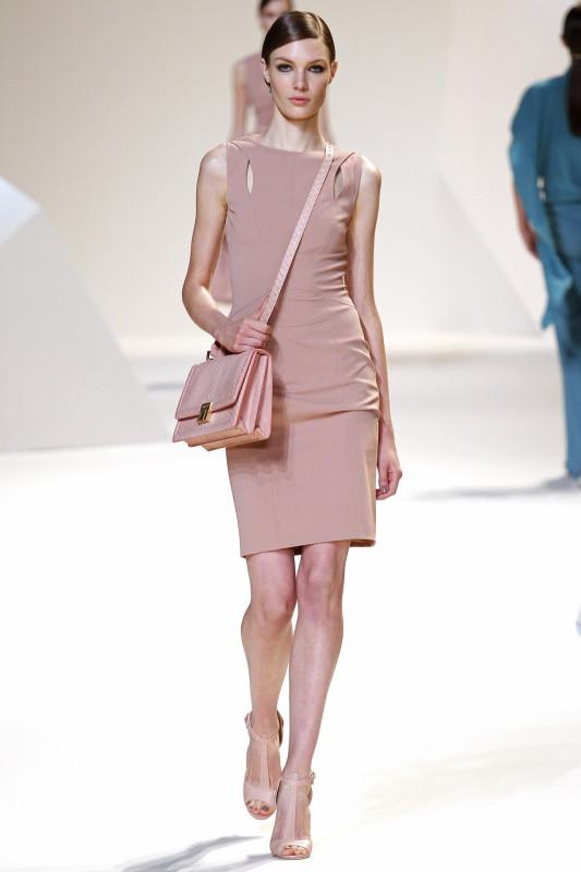 Elie_Saab_новая коллекция на Неделе моды в Париже.jpg