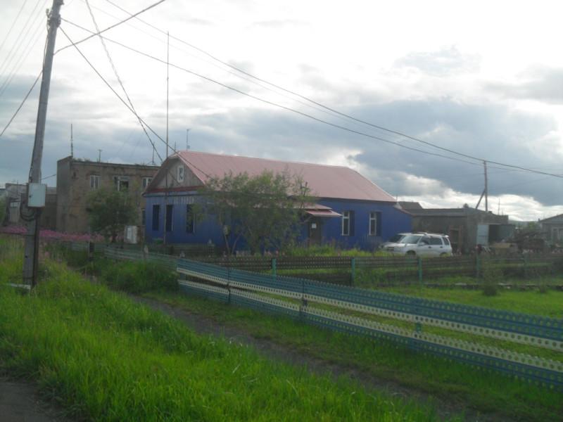 Бывшая администрация села,теперь хостел