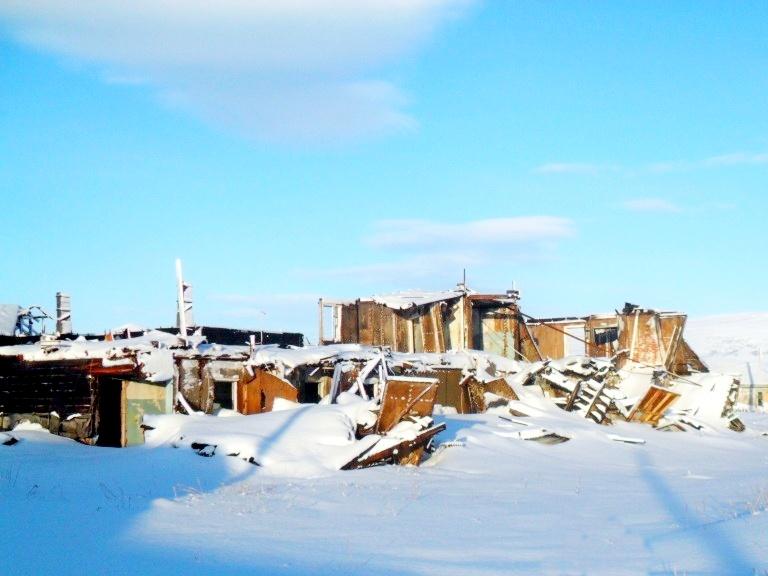 Камчатка Пахачи улица Центральная руины снег зима 2010