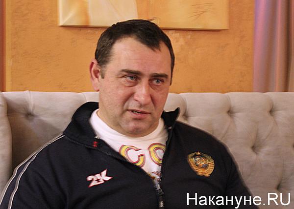 Я не адепт Калашникова, но с этим его анализом согласен на 100%