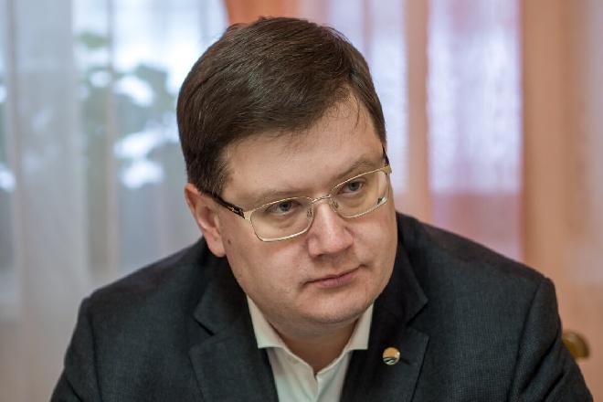 «Партия дела» разоблачает Пенсионный фонд