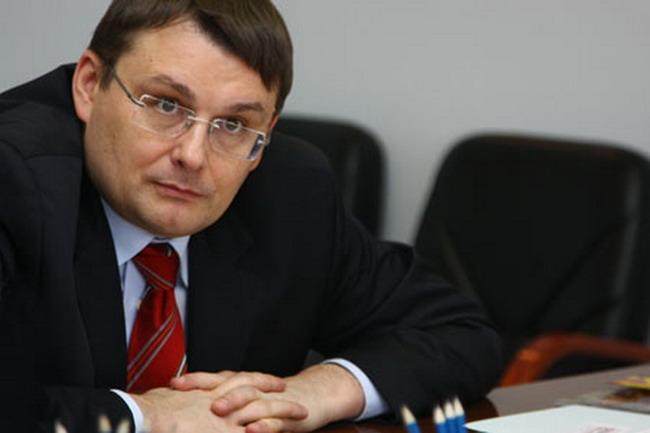 http://ic.pics.livejournal.com/m_kalashnikov/19021490/999724/999724_original.jpg