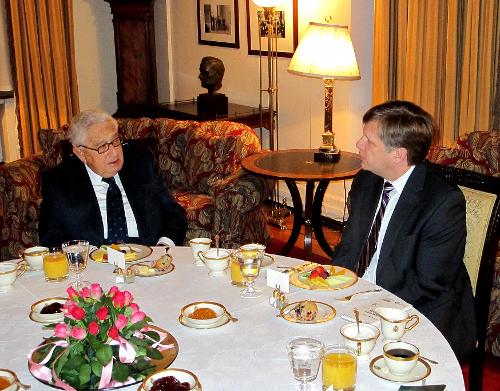 Завтрак с Генри Киссинджером в Спасо-хаусе. 19 января 2012 г.