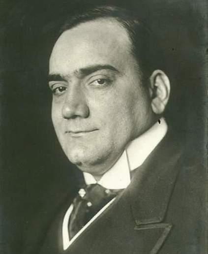 Энри́ко Кару́зо (Enrico Caruso; 27 февраля 1873, Неаполь- 2 августа 1921, Н