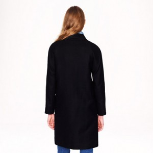 Double-breasted cocoon coat in wool-cashmere 3