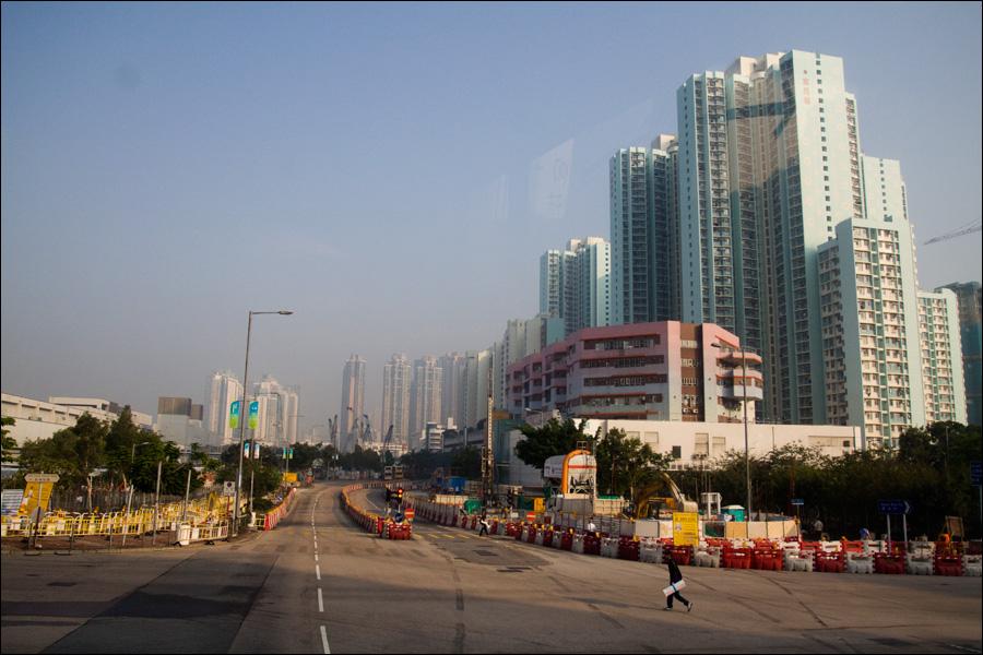 Утренний город по дороге в аэропорт