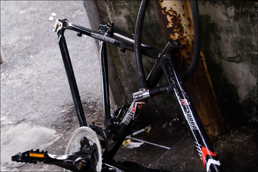 Разворованный велосипед