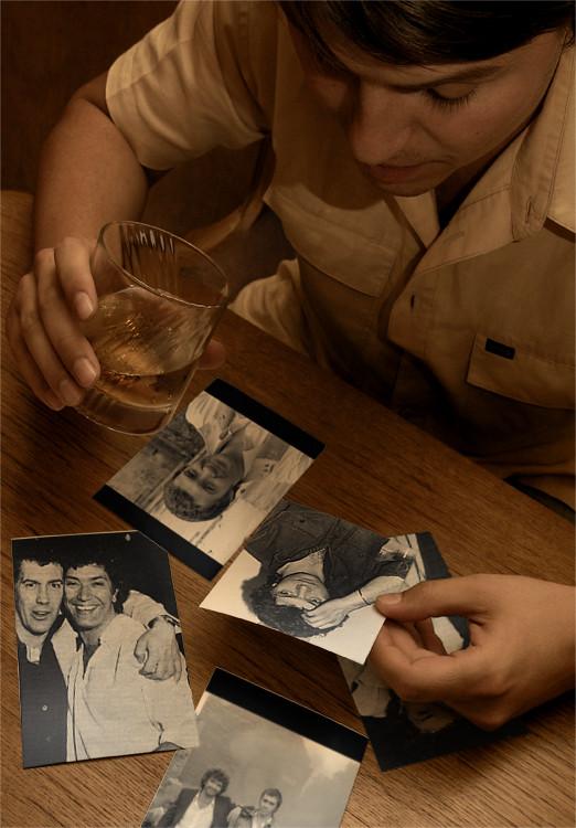 Fotos auf Tisch