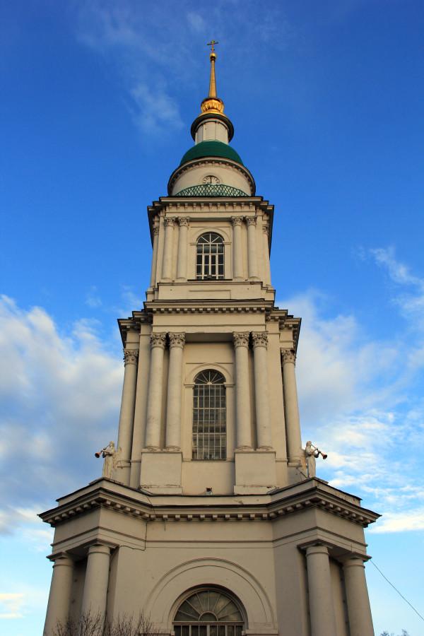 Колокольня Всехсвятского собора.jpg