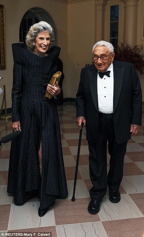2CC5812B00000578-3249724-Former_Secretary_of_State_Henry_Kissinger_arrived_with_his_wife_-a-22_1443245493212