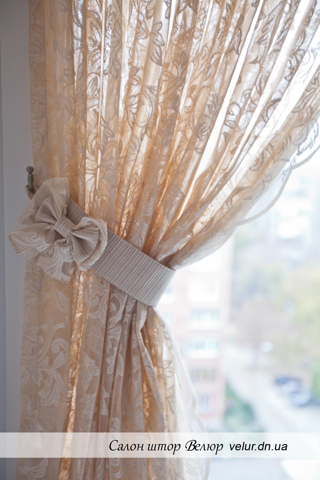 Красивый бант на шторы своими руками