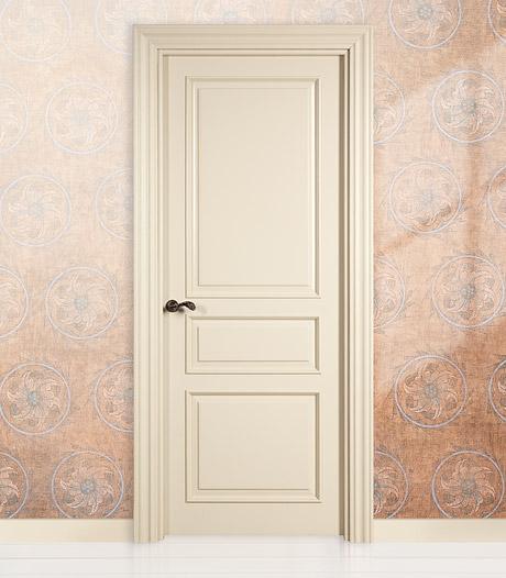 Интерьер с дверями слоновой кости