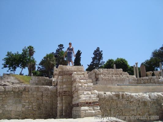 Александрия, руины древнего амфитеатра.