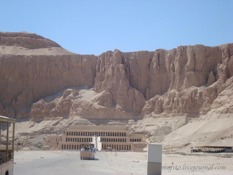 Храм богини Хатшепсут