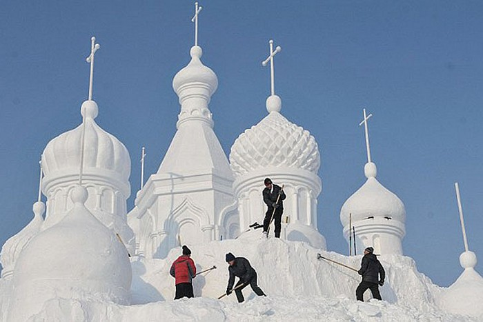 фестиваль снега Jingyue Snow World Festival в Китае