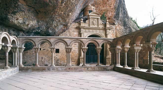 monasterio_sanjuandelapena_t2200261.jpg_1306973099