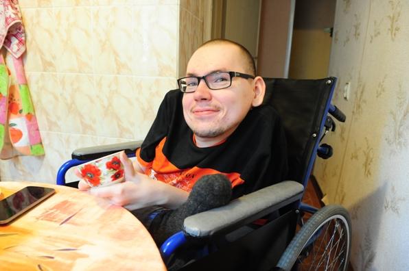Фонд Социального Страхования судится с инвалидом ! РОССИЯ !