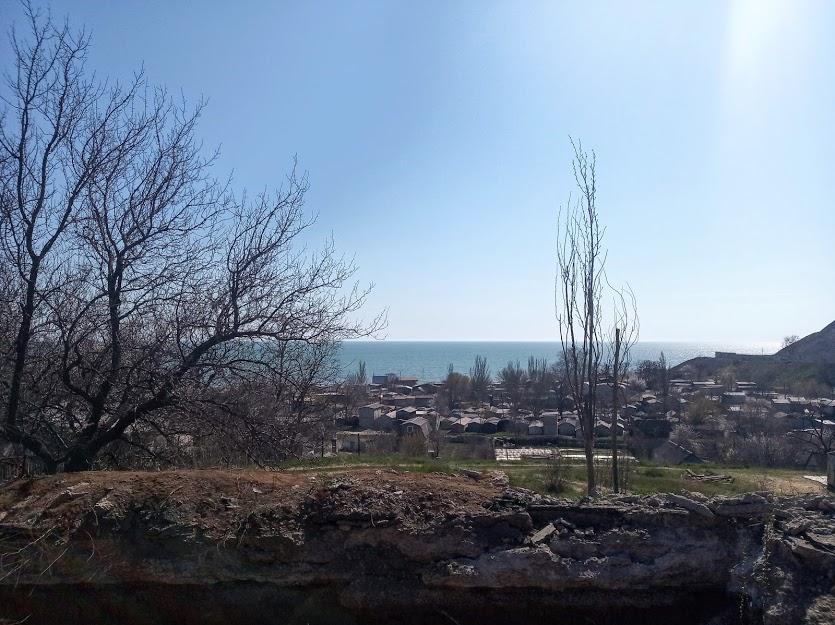 съезд к пляжу за Азовсталью