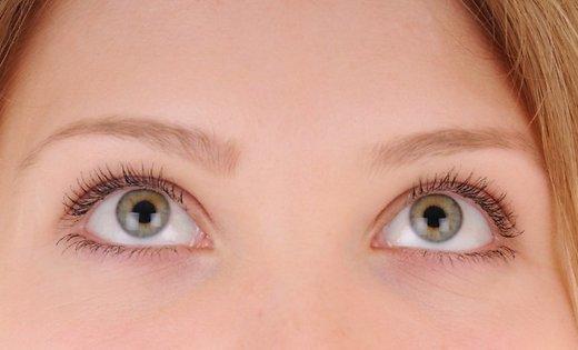 Что означает закатывание глаз собеседником