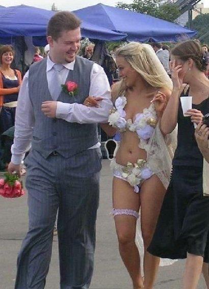 безвкусные свадебные платья
