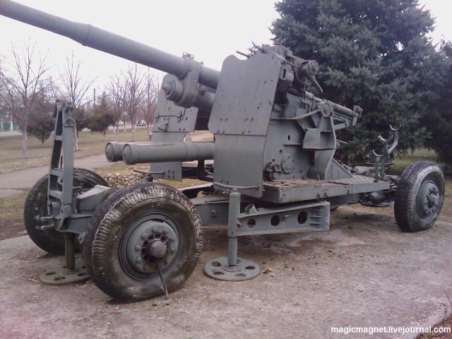 зенитное 100мм орудие КС19