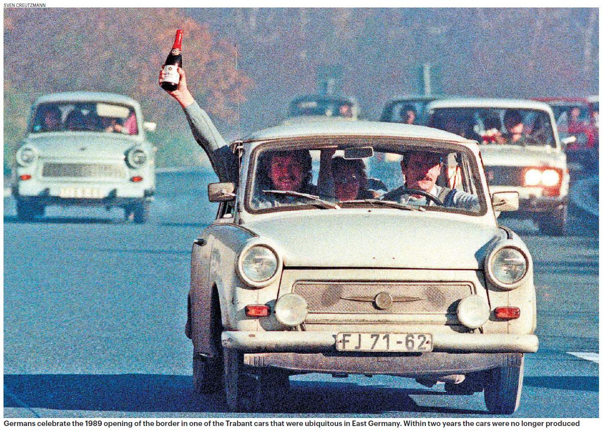 1989 German open borders.jpg