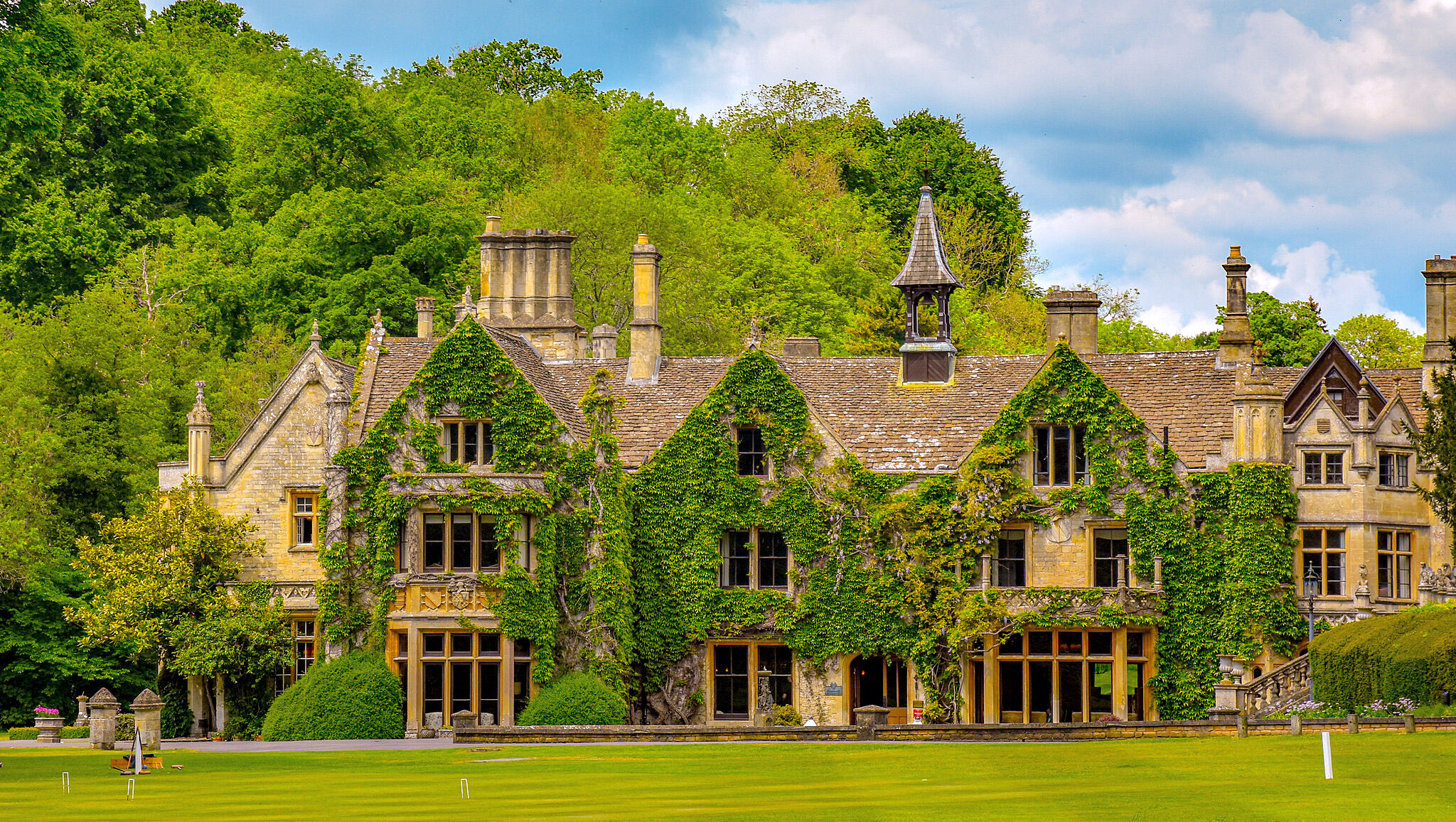 Manor House, Castle Combe by Jonathon Shkolny.jpg