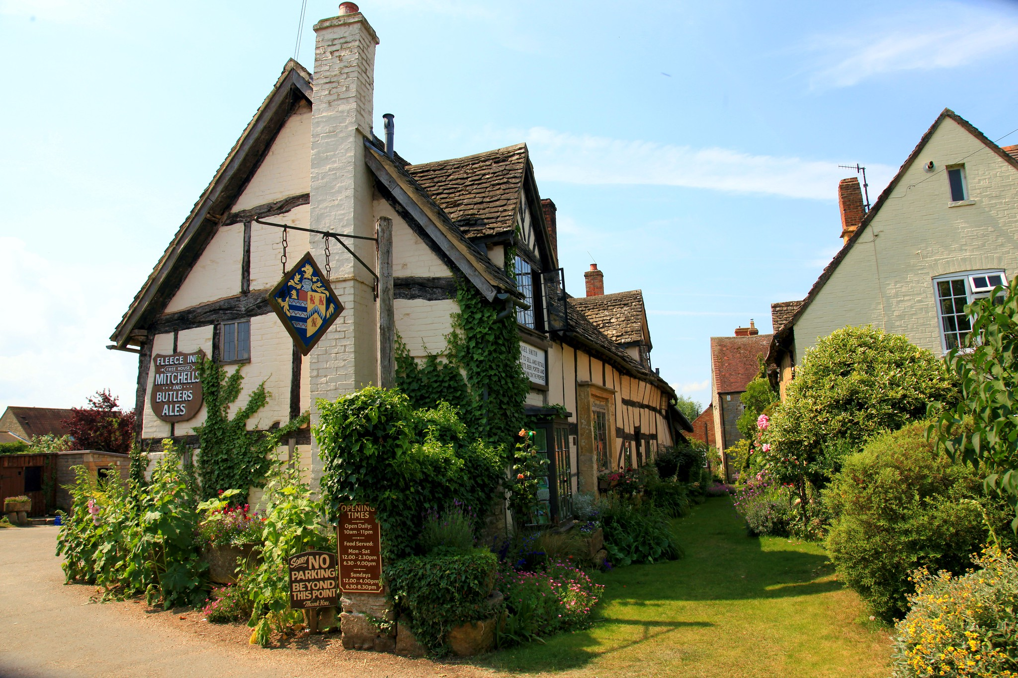 The Fleece Inn, Bretforton by John Dalkin.jpg