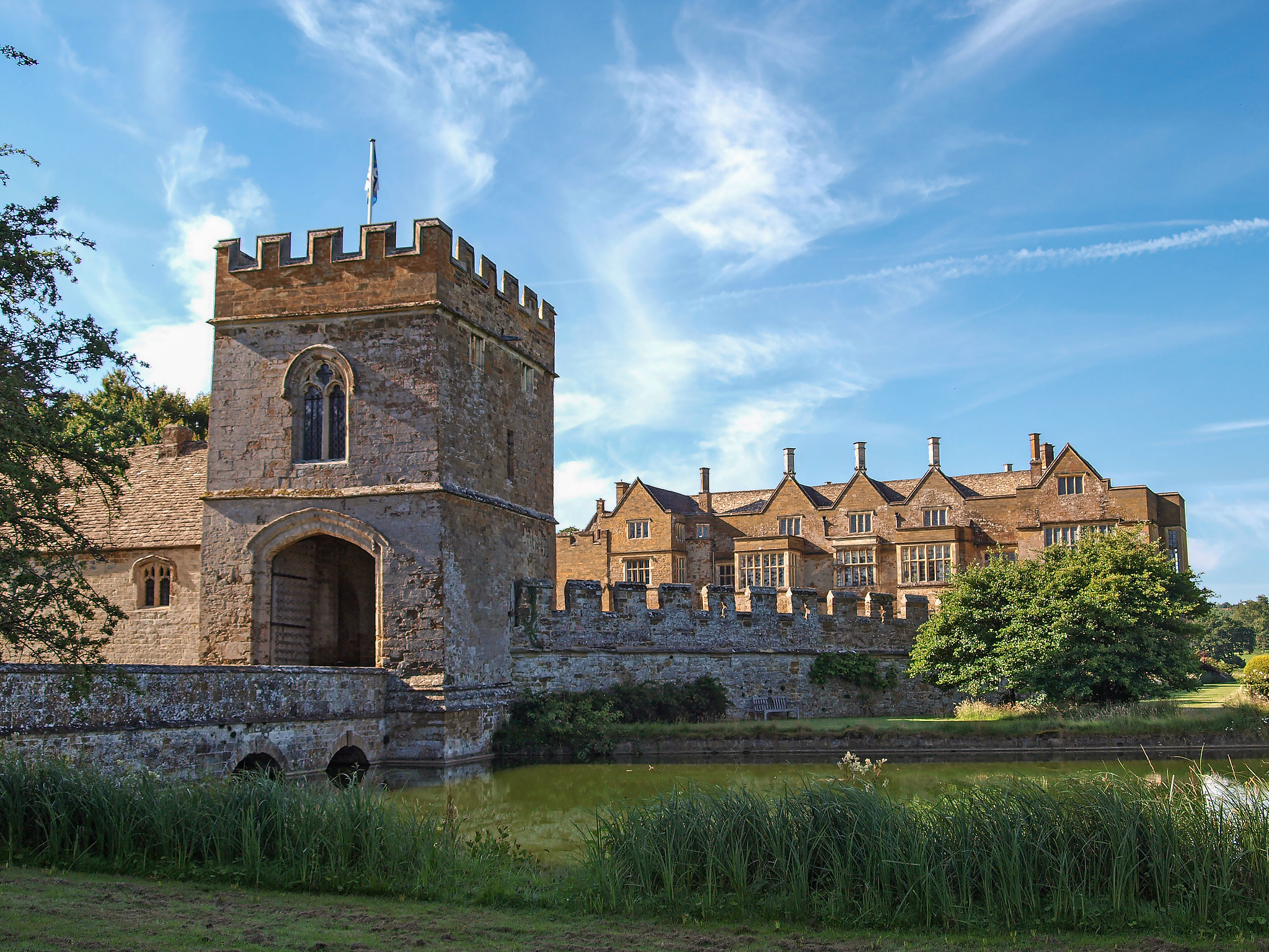 Broughton Castle and Gatehouse from across the moat, Nr Banbury, Oxfordshire by Andrew S Brown.jpg