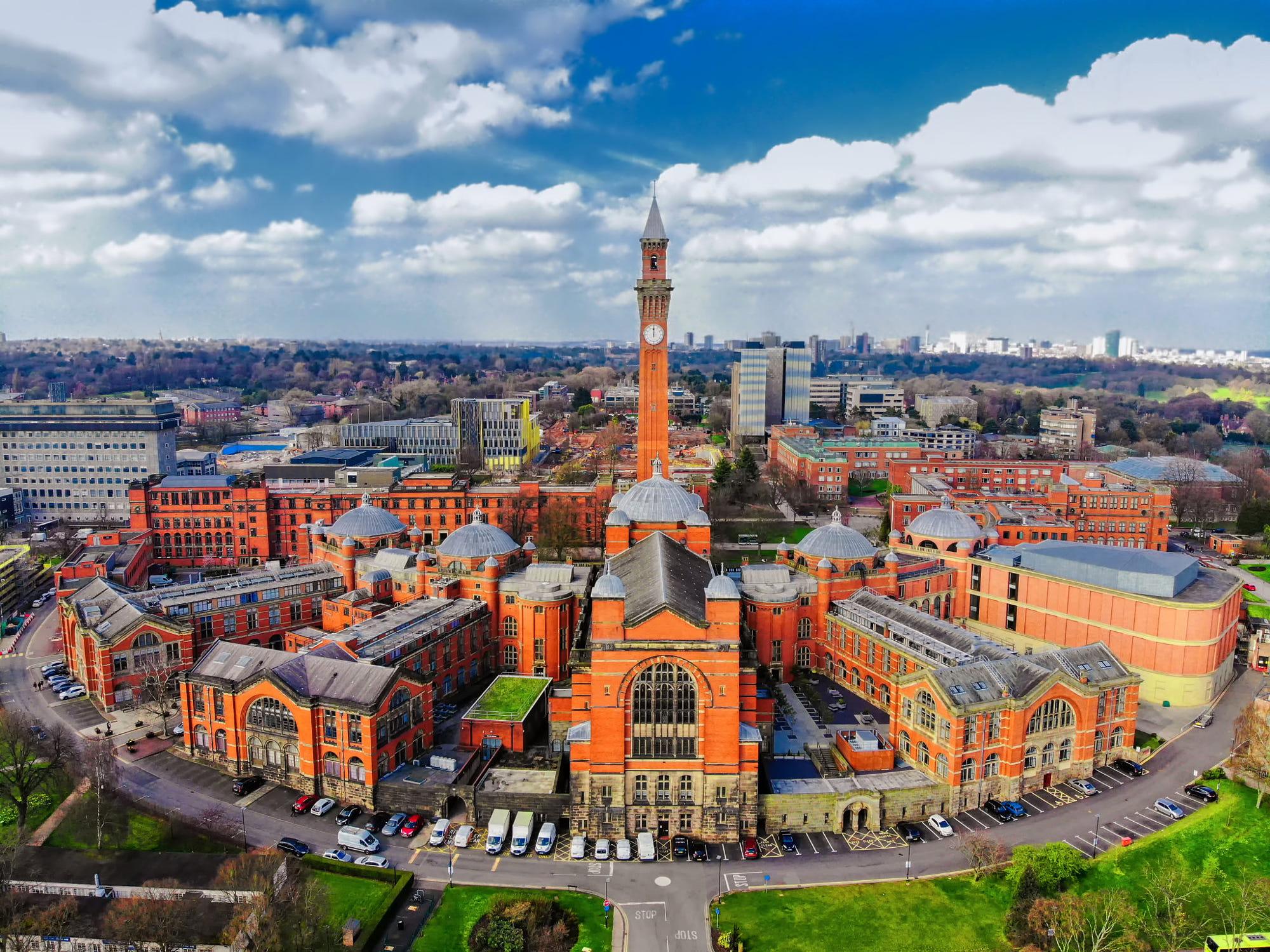 University of Birmingham, Edgbaston, Birmingham by SSyangguang.jpg