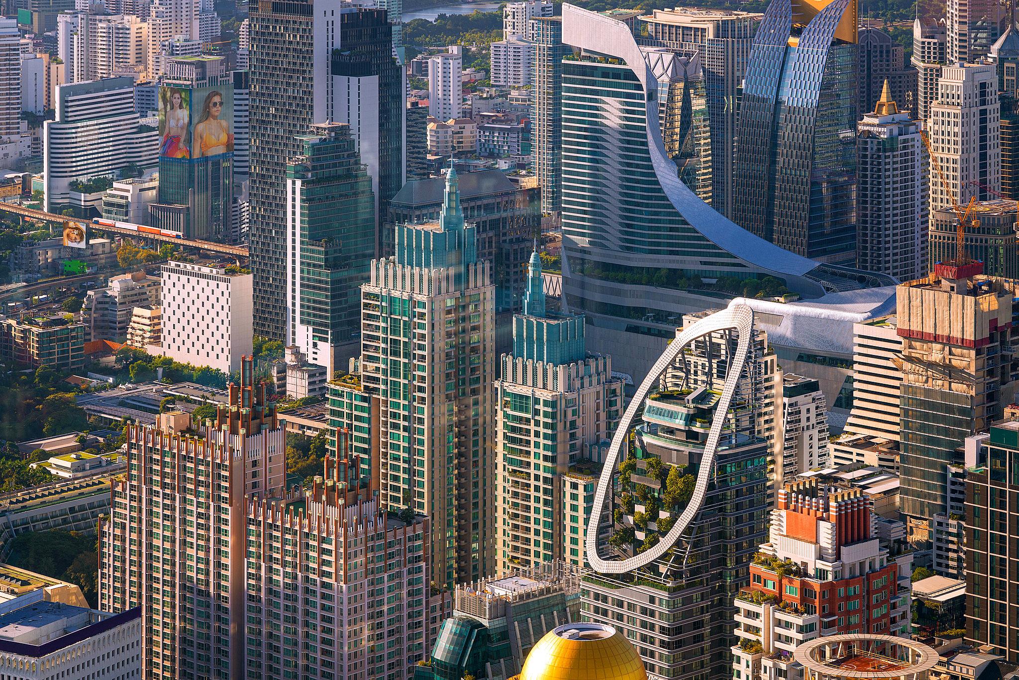 Bangkok 02 by Anek Suwannaphoom.jpg