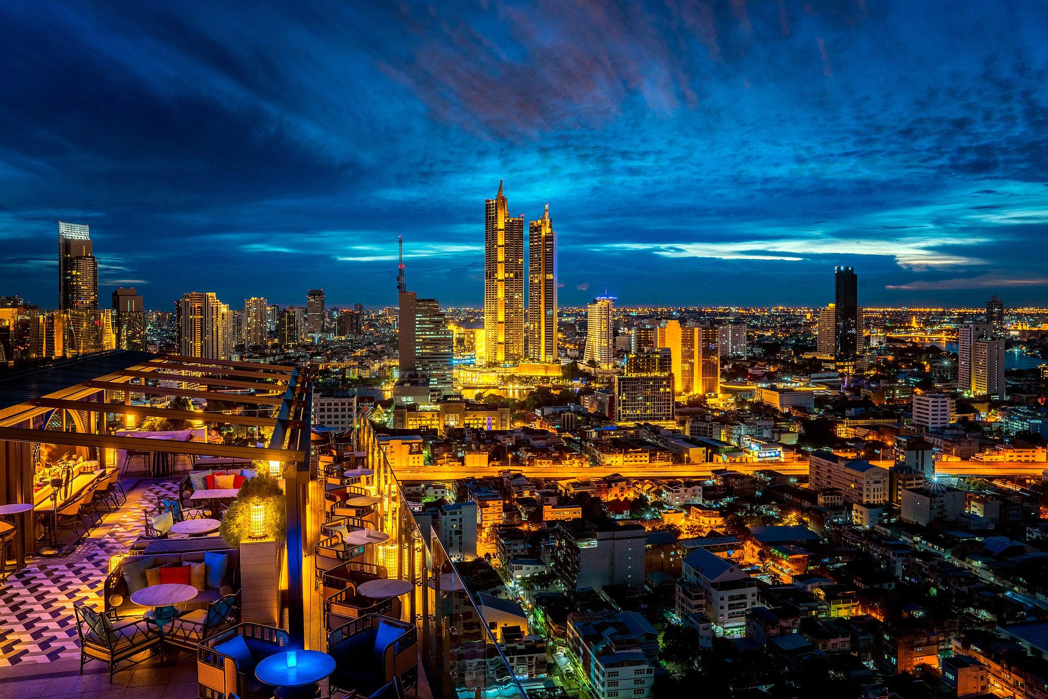 Bangkok 03 by Anek Suwannaphoom.jpg