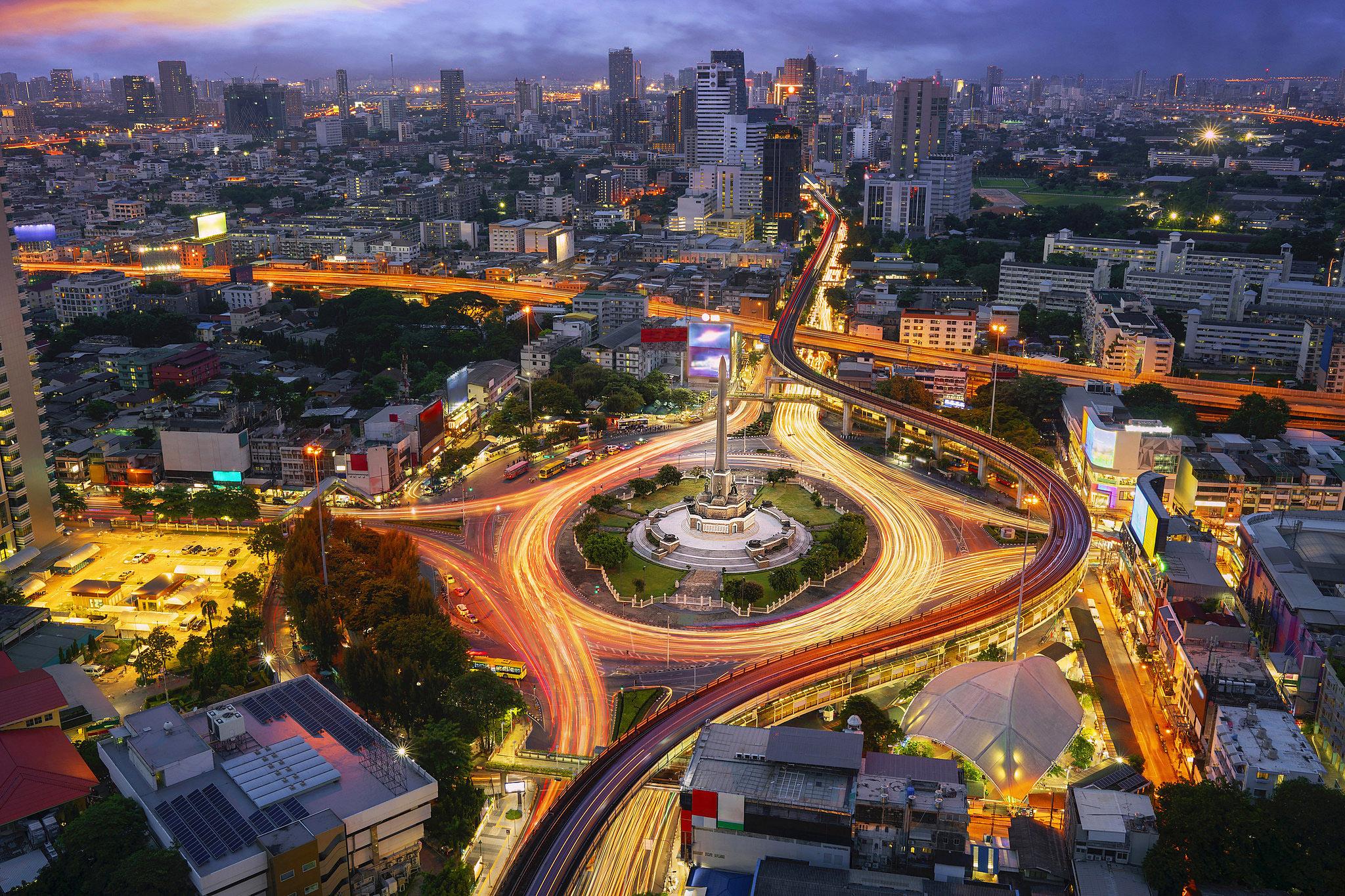 Bangkok 05 by Anek Suwannaphoom.jpg