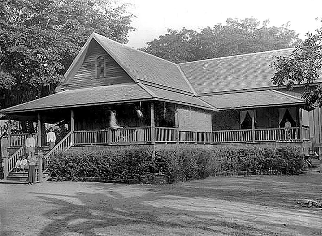 1922 Mill House. The home of many Britons working in Chiang Mai.jpg