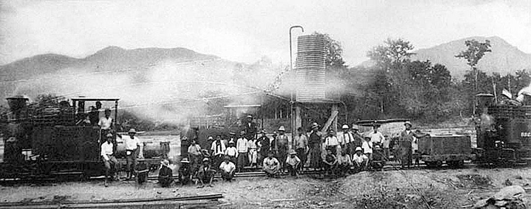 1927 Logging operations in Chiang Mai by the British Borneo Company.jpg