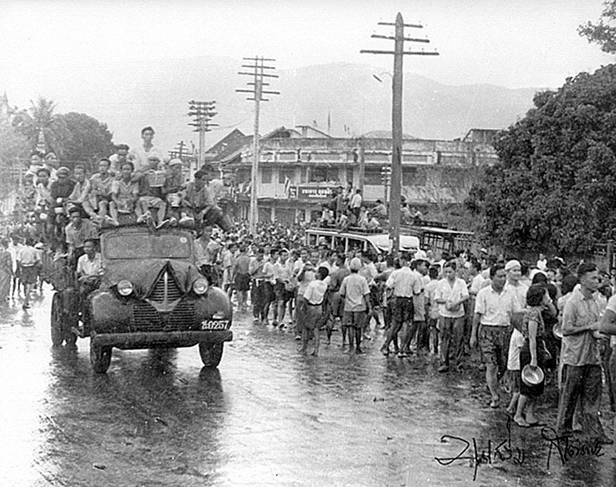 1947 Chiang Mai songkran.jpg