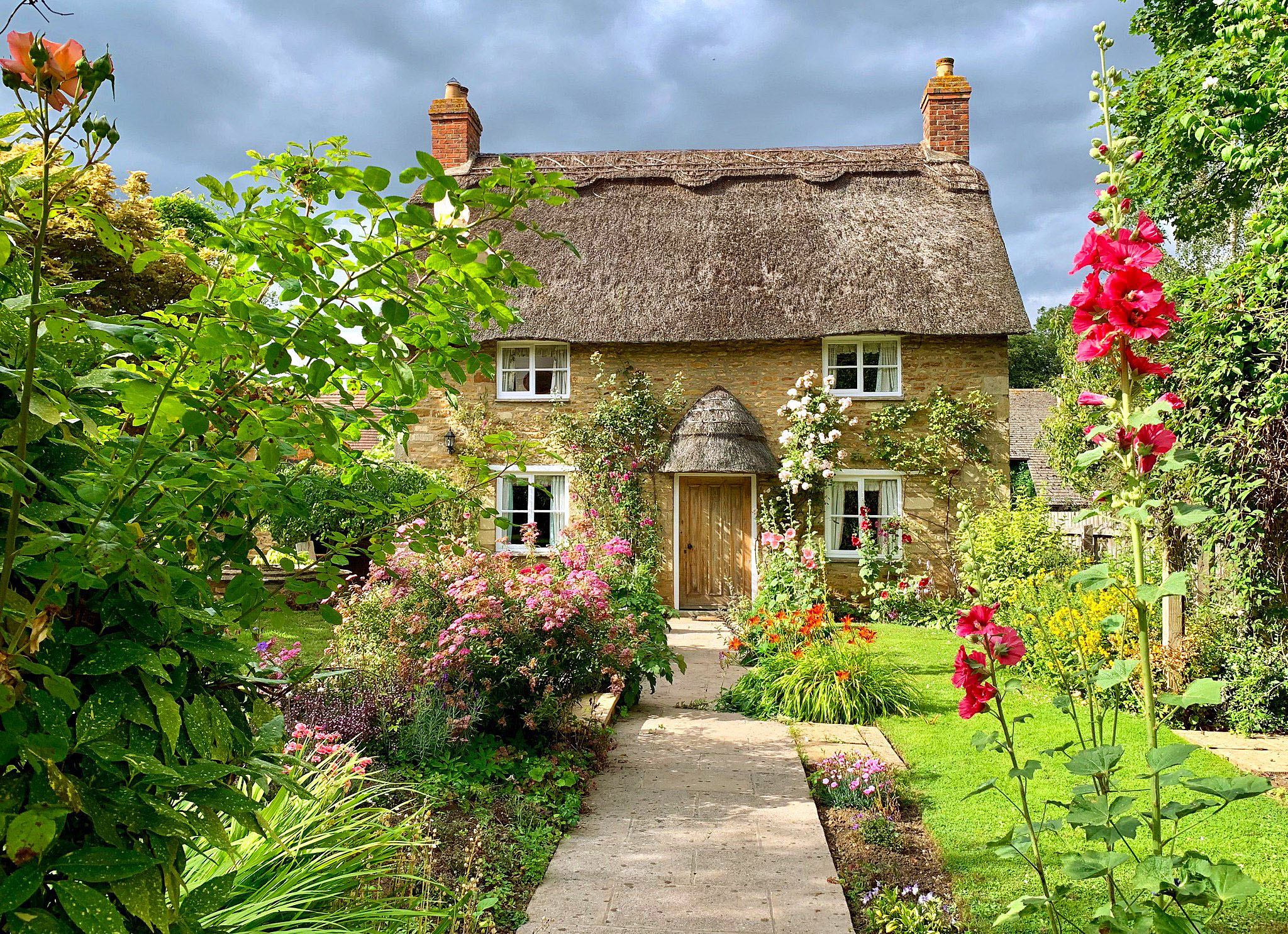 Thatched Cottage, Hambleton, Rutland by Nigel Harris.jpg