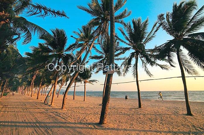 Pattaya Beaches 03.jpg
