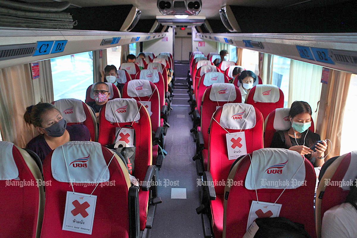 Thai bus 2005 04.jpg