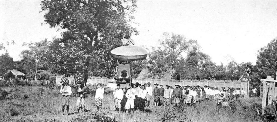 1900 King's Birthday ceremony, Amphoe Wiang Pa Pao, Chiang Rai.jpg
