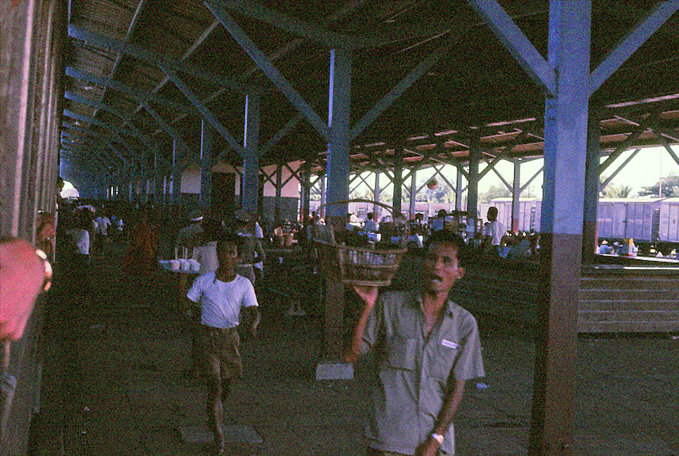 Jan-1967-bangkok-capital-of-thailand by Santos Torres 01.jpg