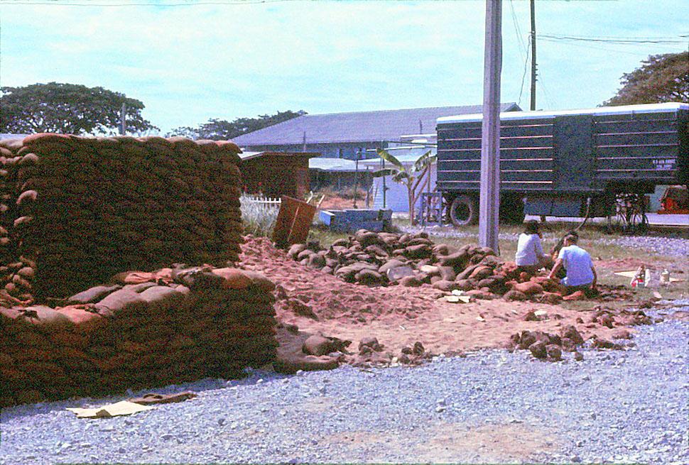 Jan-1967-bangkok-capital-of-thailand by Santos Torres 03.jpg