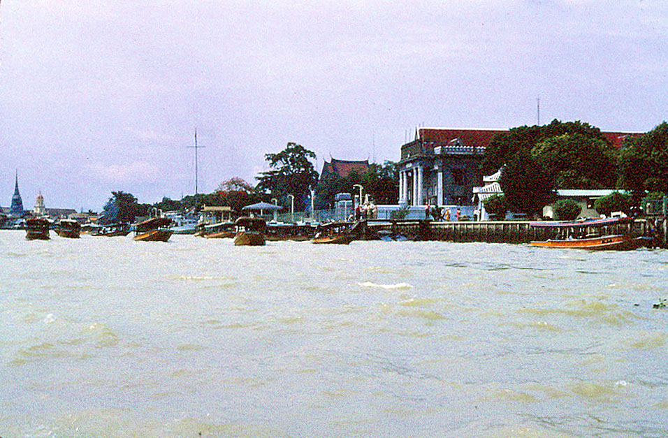 Jan-1967-bangkok-capital-of-thailand by Santos Torres 04.jpg