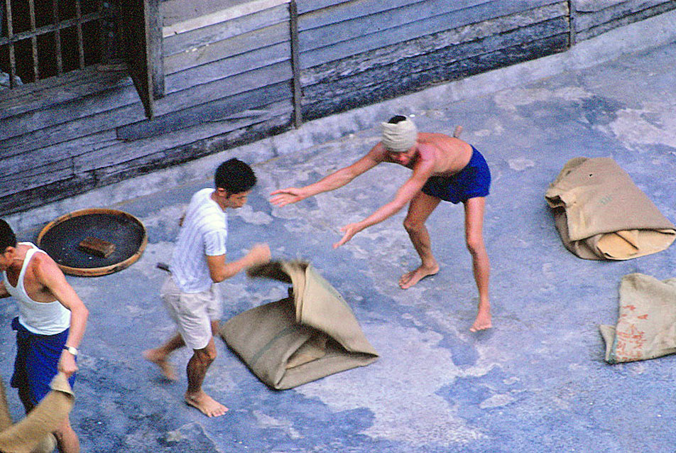 Jan-1967-bangkok-capital-of-thailand by Santos Torres 05.jpg
