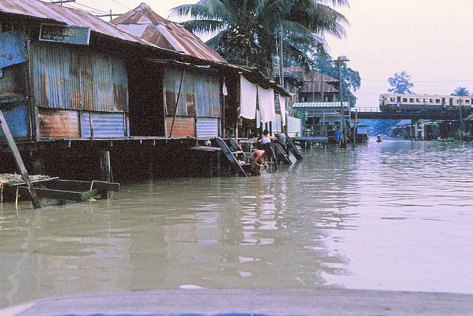 Jan-1967-bangkok-capital-of-thailand by Santos Torres 08.jpg