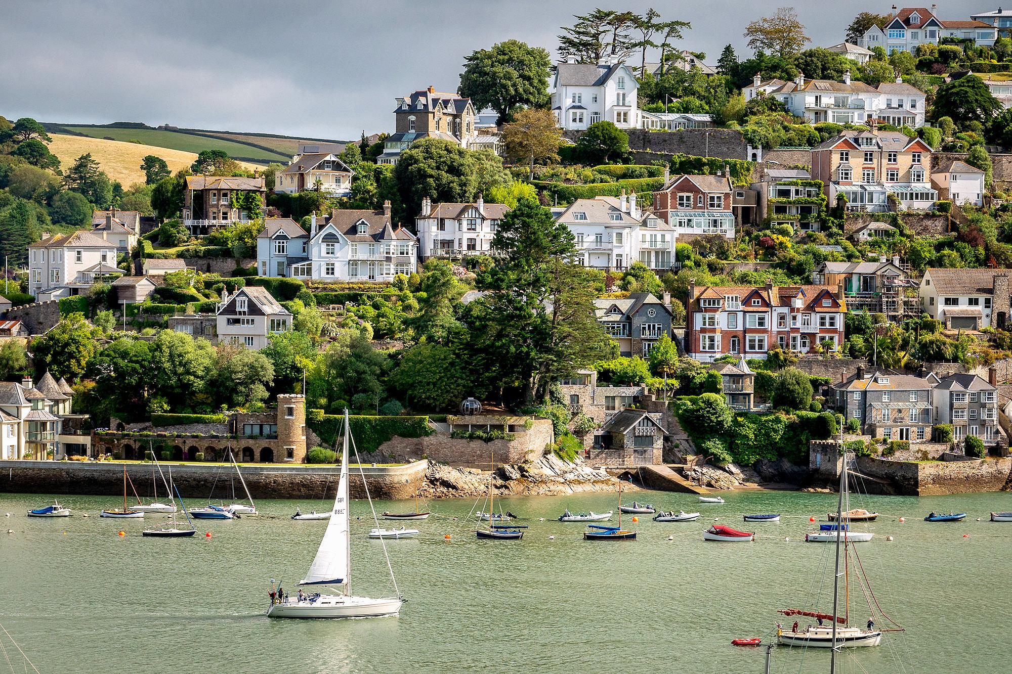 Kingswear from Dartmouth, Devon by Bob Radlinski.jpg