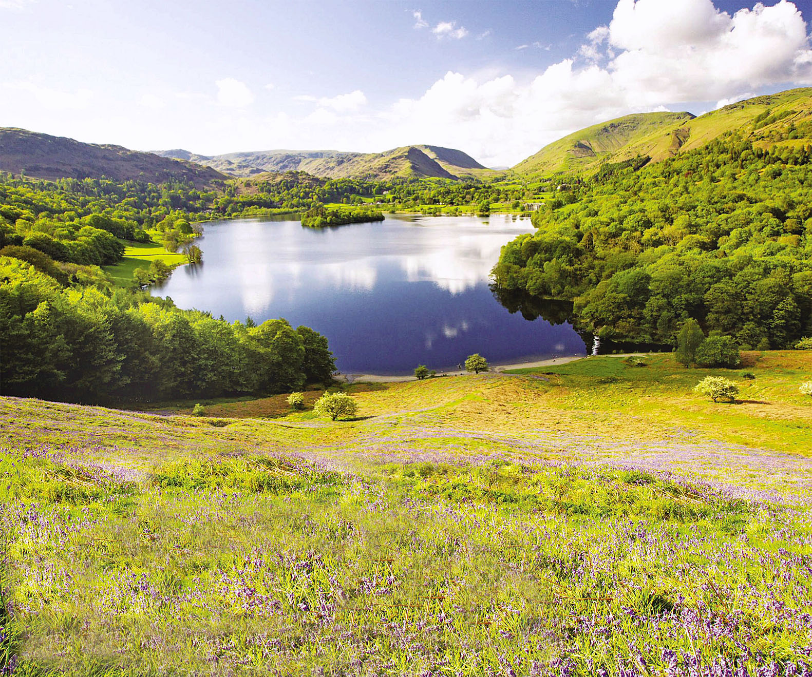 Grasmere from Loughrigg Terrace, Lake District.jpg