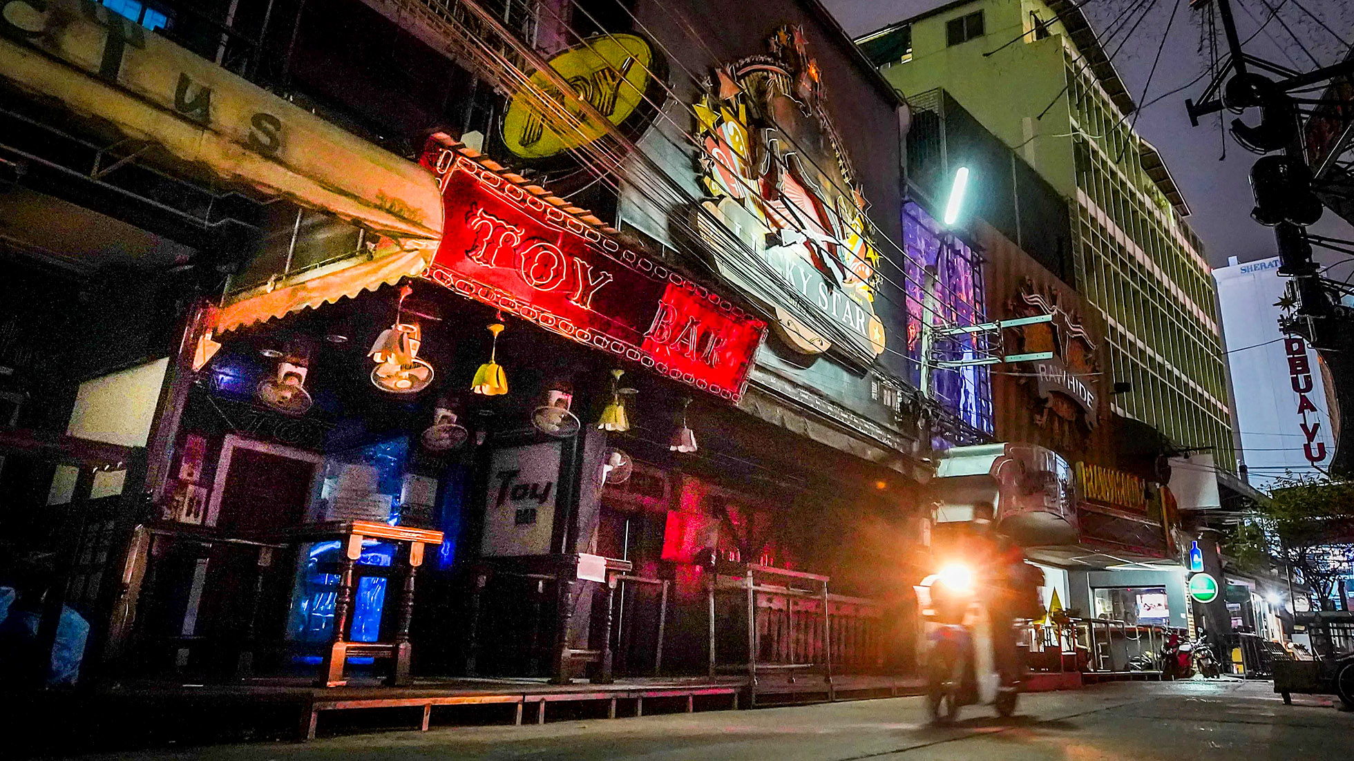 Bangkok Nightlife.jpg