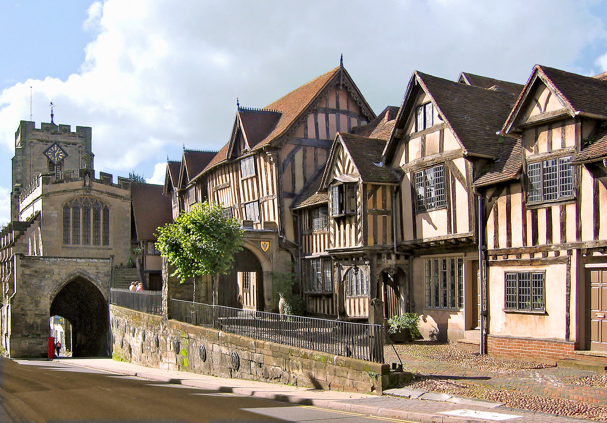 West Gate and Lord Leycester's Hospital, Warwick, Warwickshire by Andrew S Brown.jpg